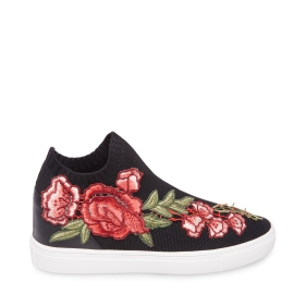 STEVEMADDEN-SNEAKERS_SLY-P_BLACK-ROSE_SIDE
